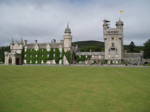 balmoral castle pictures photographs royal deeside
