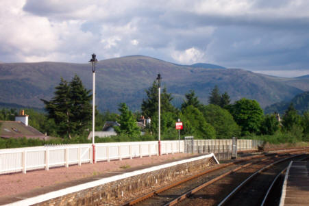 cairngorm mountain pictures from aviemore station
