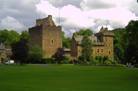 dean castle in summer photographs pictures
