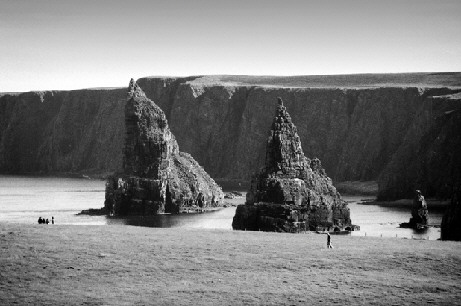 sea stacks duncans bay picture photographs